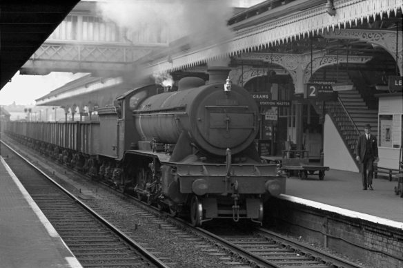 Class O2 locomotive No.63931brings ironstone empties through Grantham station on 27th June 1963. Photograph by Cedric A. Clayson.